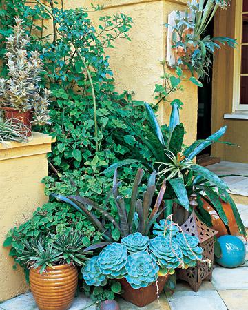 Cách trang trí khu vườn nhỏ xinh đẹp mắt và tiện dụng
